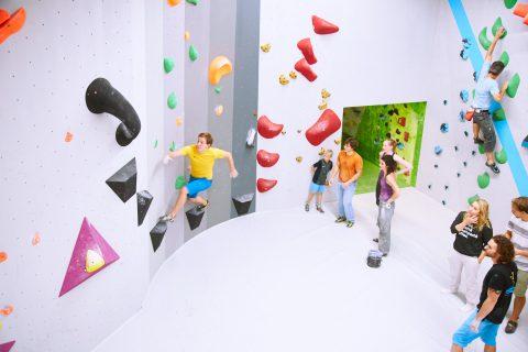 Neuer Ausbau der Boulderwelt Frankfurt - 200 Quadratmeter mehr Boulderfläche im Parcoursbereich